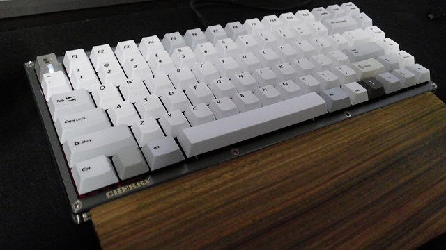 Mechanical_Keyboard_Palmrest3_49.jpg