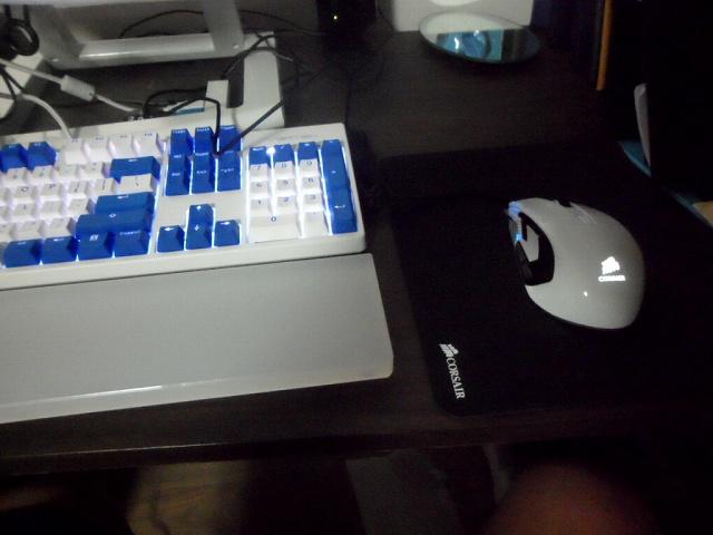 Mechanical_Keyboard_Palmrest3_59.jpg