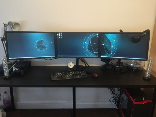 PCdesk_MultiDisplay51_83.jpg