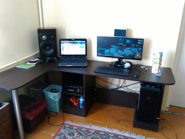 PCdesk_UltlaWideMonitor5_30.jpg
