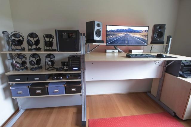 PCdesk_UltlaWideMonitor5_46.jpg