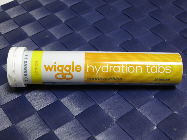 Wiggle_Nutrition_Hydration_Tabs_03.jpg