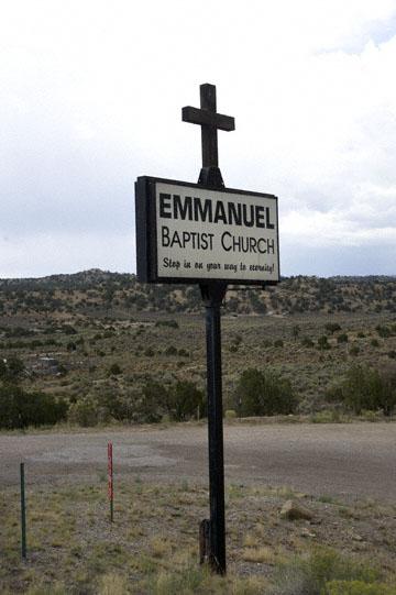 blog 40W-53W-602N-564 Zuni Land to Gallup, Emmanuel Baptist Church, NM_DSC2496-9.5.09.jpg